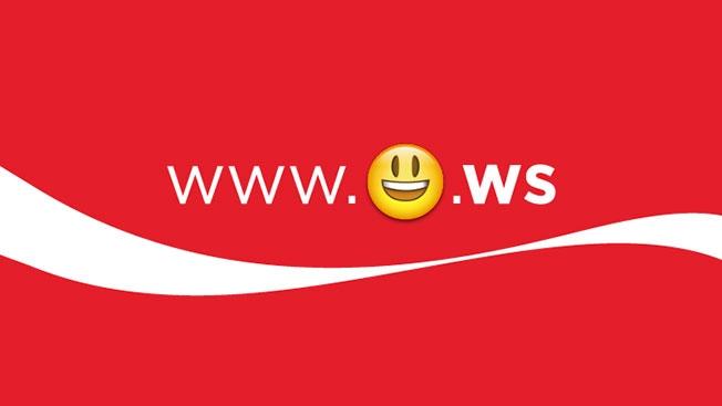 dans-ta-pub-emoticoke-emoticones-coca-cola-porto-rico-ws-3