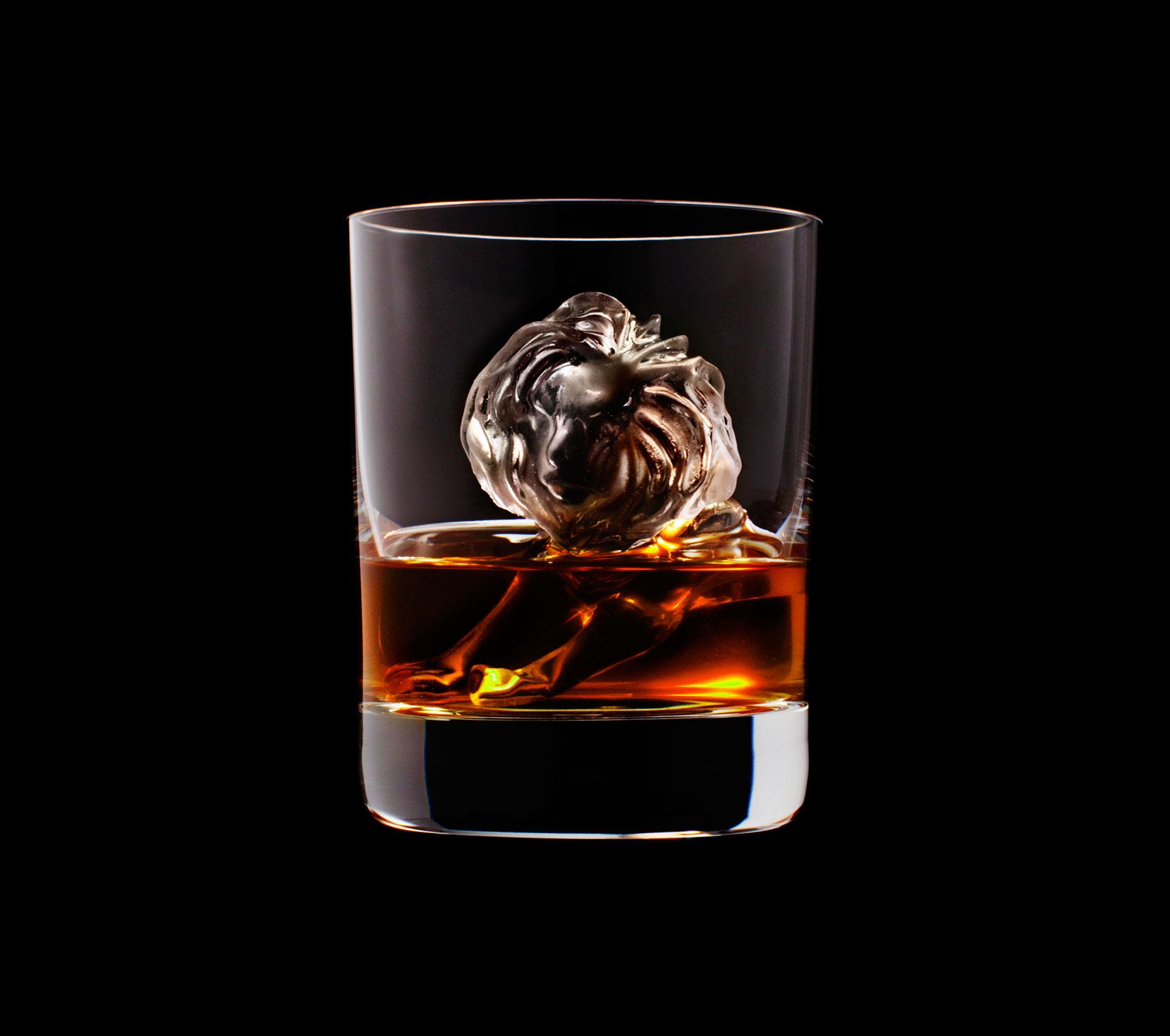 dans-ta-pub-whisky-tbwa-suntory-ice-cubes-16