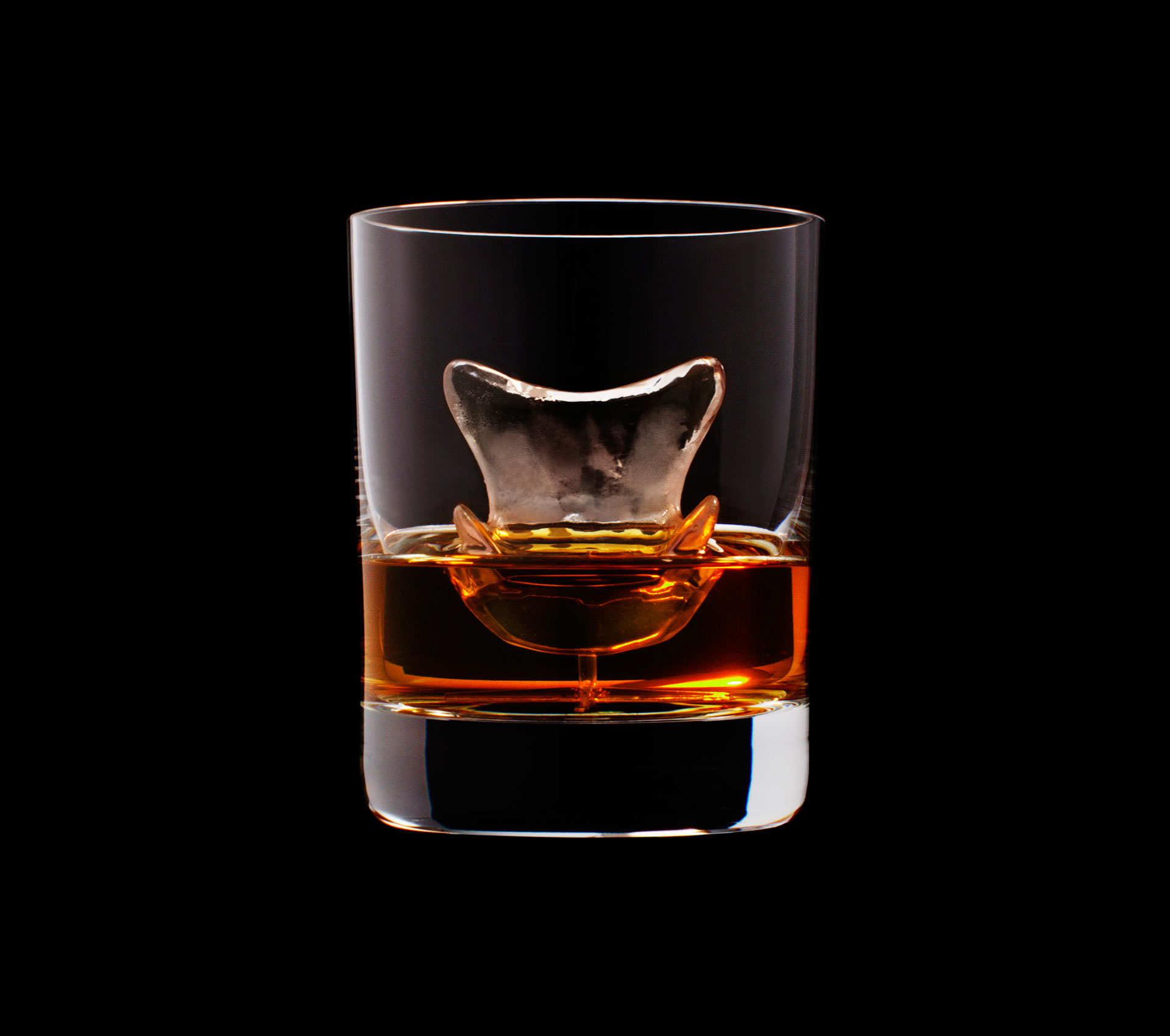 dans-ta-pub-whisky-tbwa-suntory-ice-cubes-19