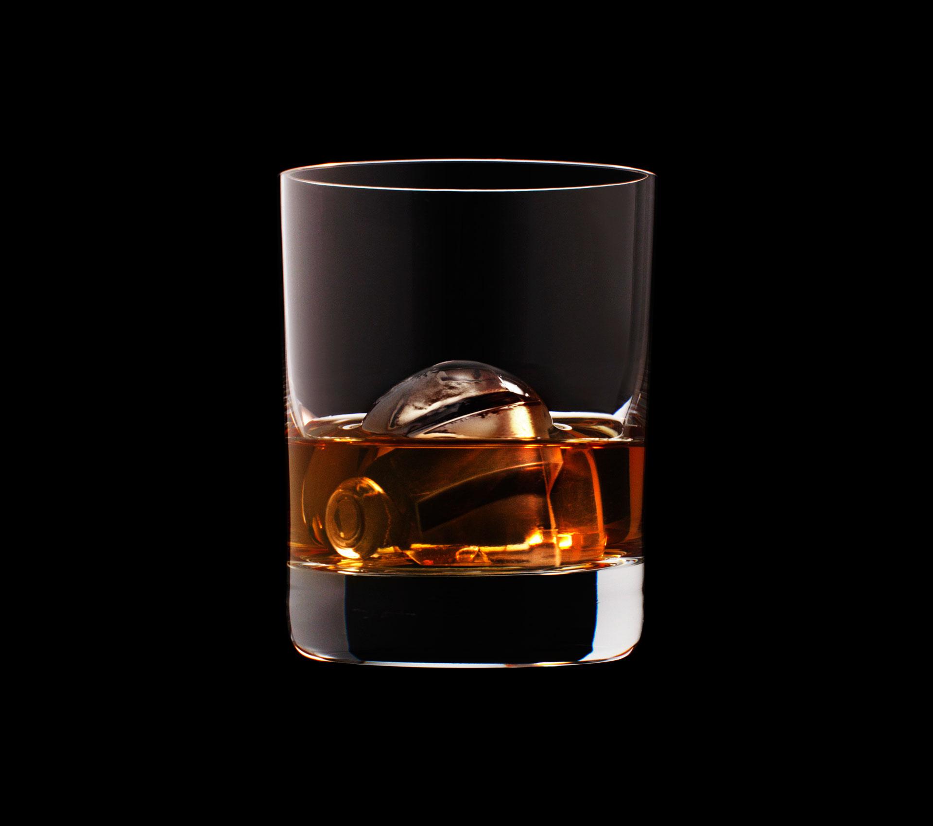 dans-ta-pub-whisky-tbwa-suntory-ice-cubes-20