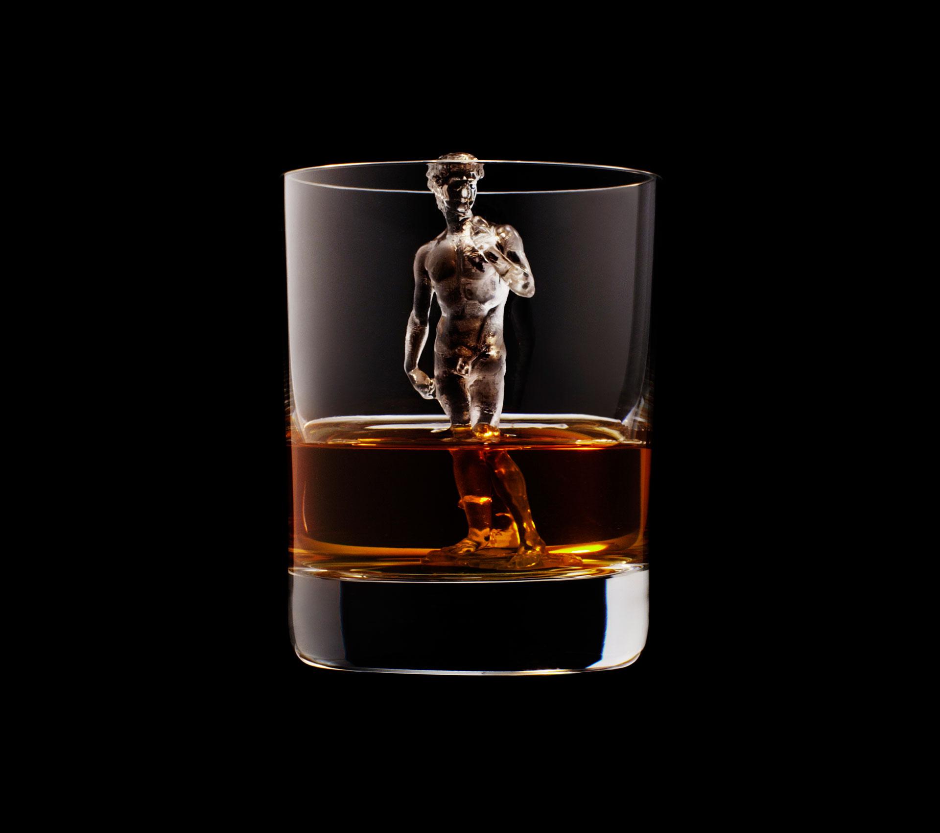 dans-ta-pub-whisky-tbwa-suntory-ice-cubes-21