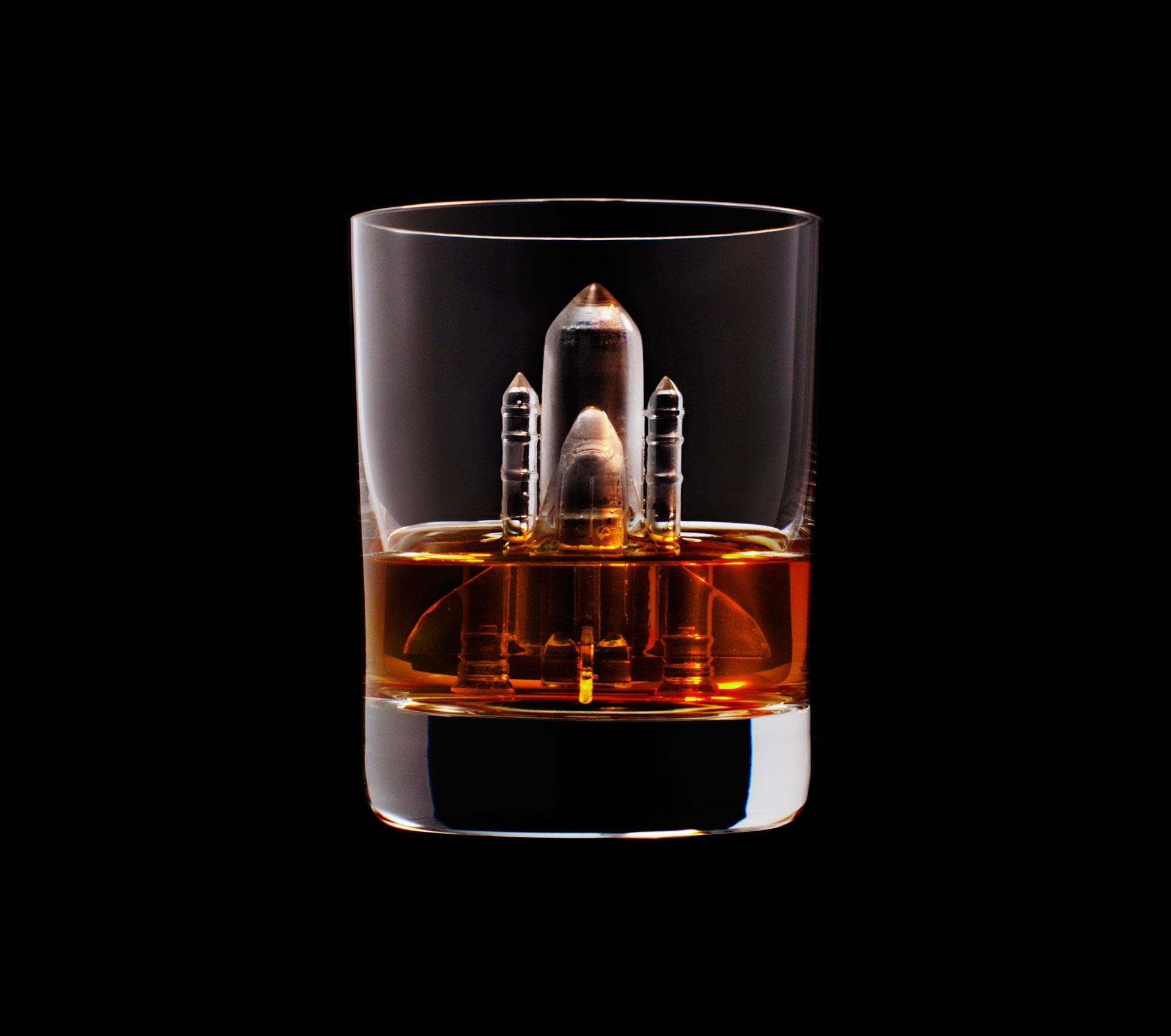 dans-ta-pub-whisky-tbwa-suntory-ice-cubes-22