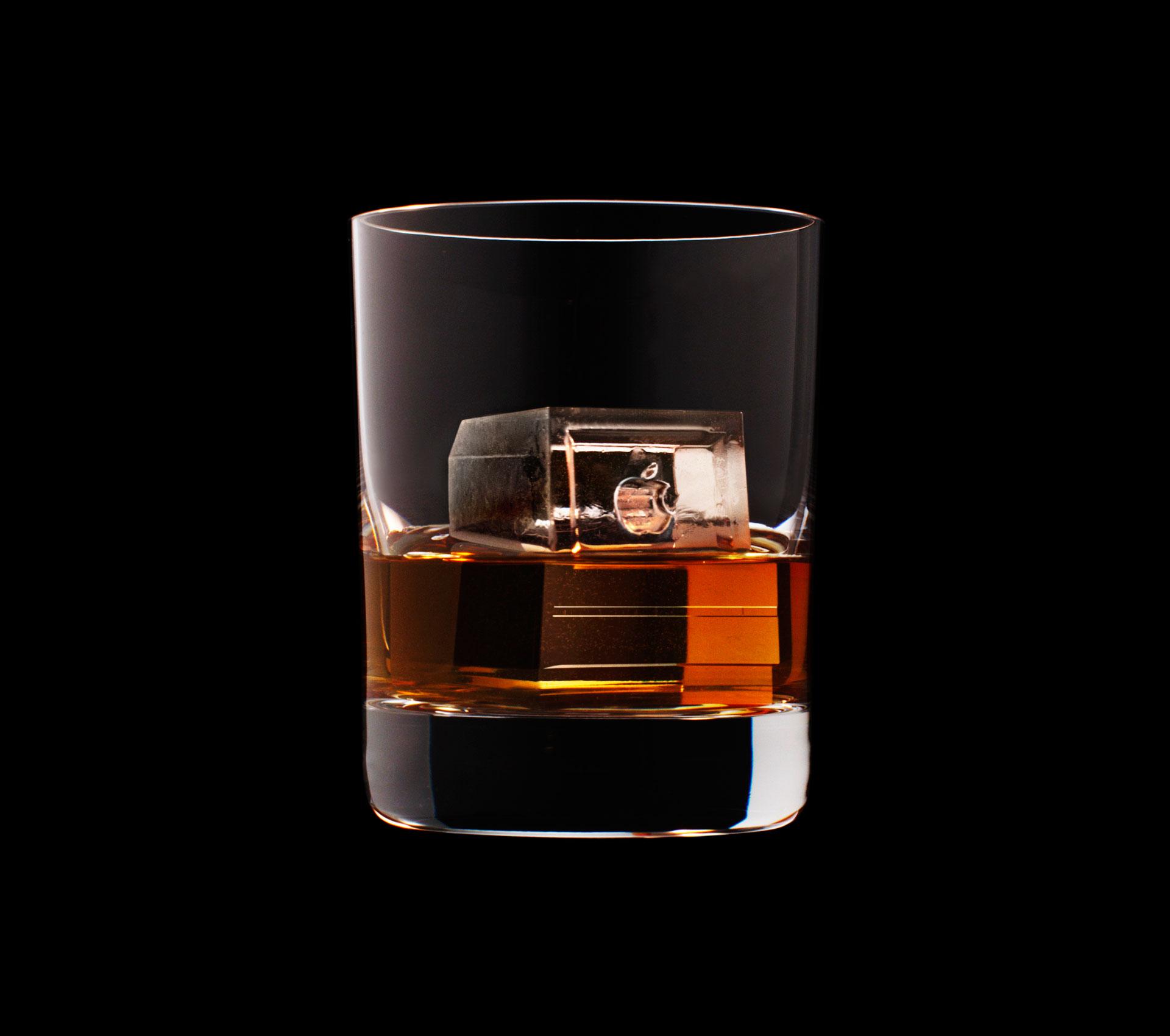 dans-ta-pub-whisky-tbwa-suntory-ice-cubes-4