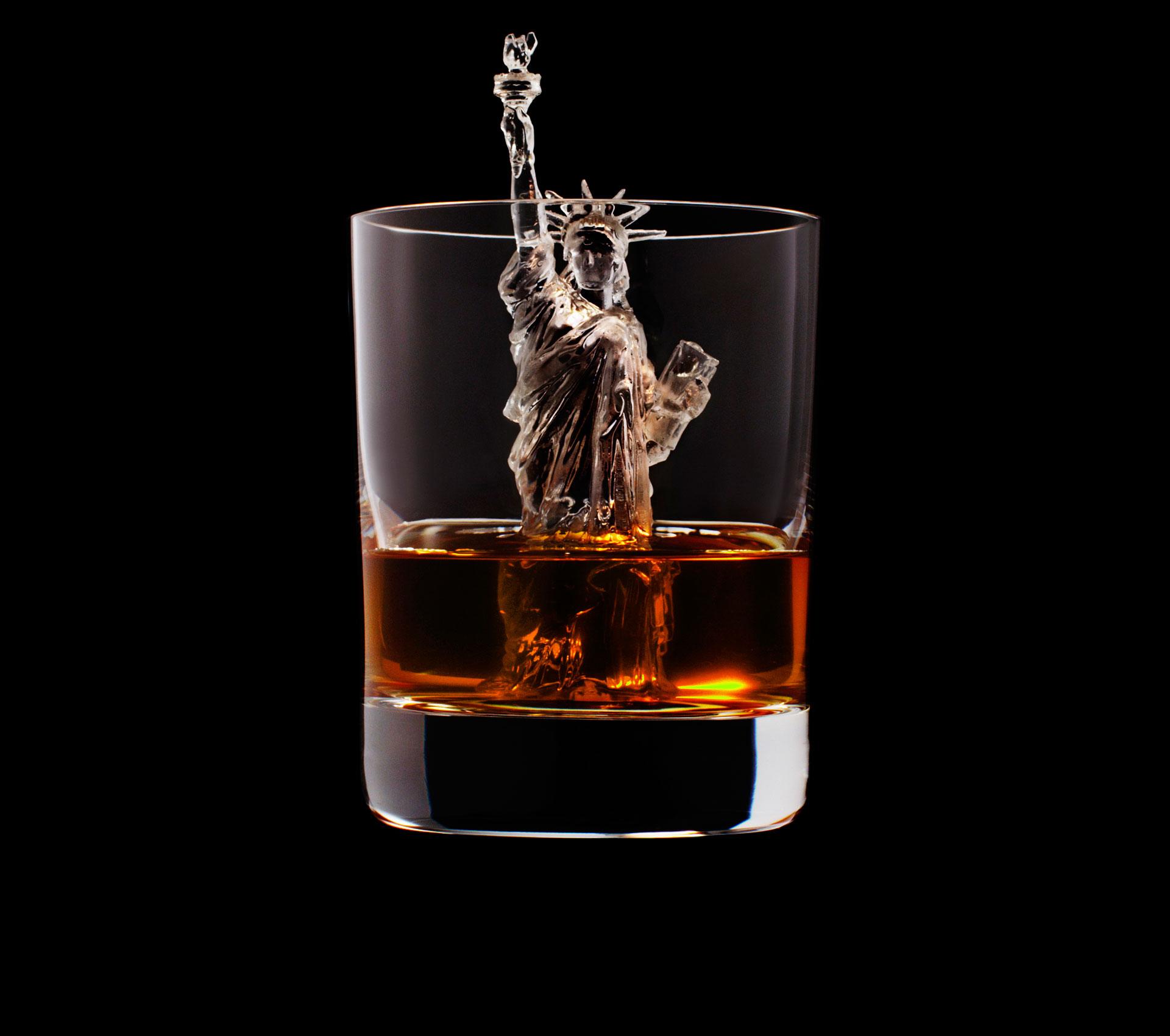 dans-ta-pub-whisky-tbwa-suntory-ice-cubes-6