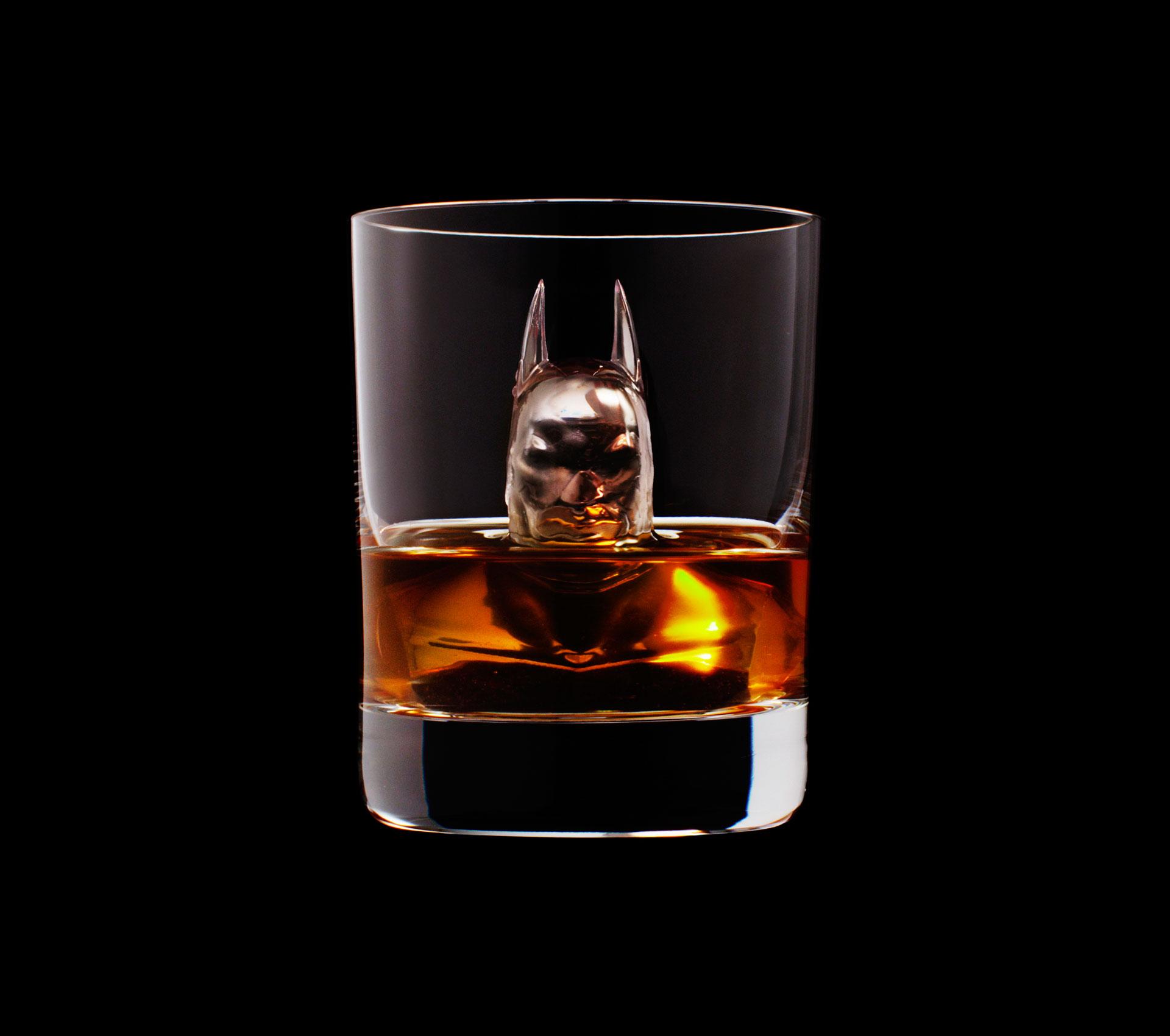 Dans ta pub whisky tbwa suntory ice cubes 8 dans ta pub for Dans ta pub