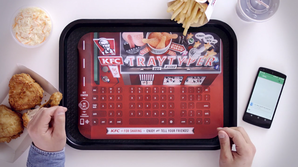dans-ta-pub-kfc-keyboard-clavier-smartphone-brand-content-fastfood-germany