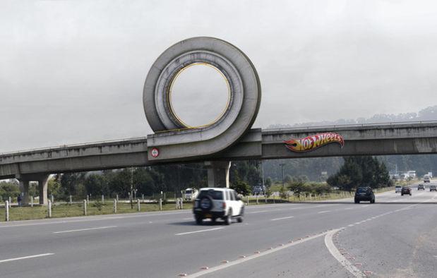 dans-ta-pub-billboard-panneau-affichage-creatif-creative-compilation-5