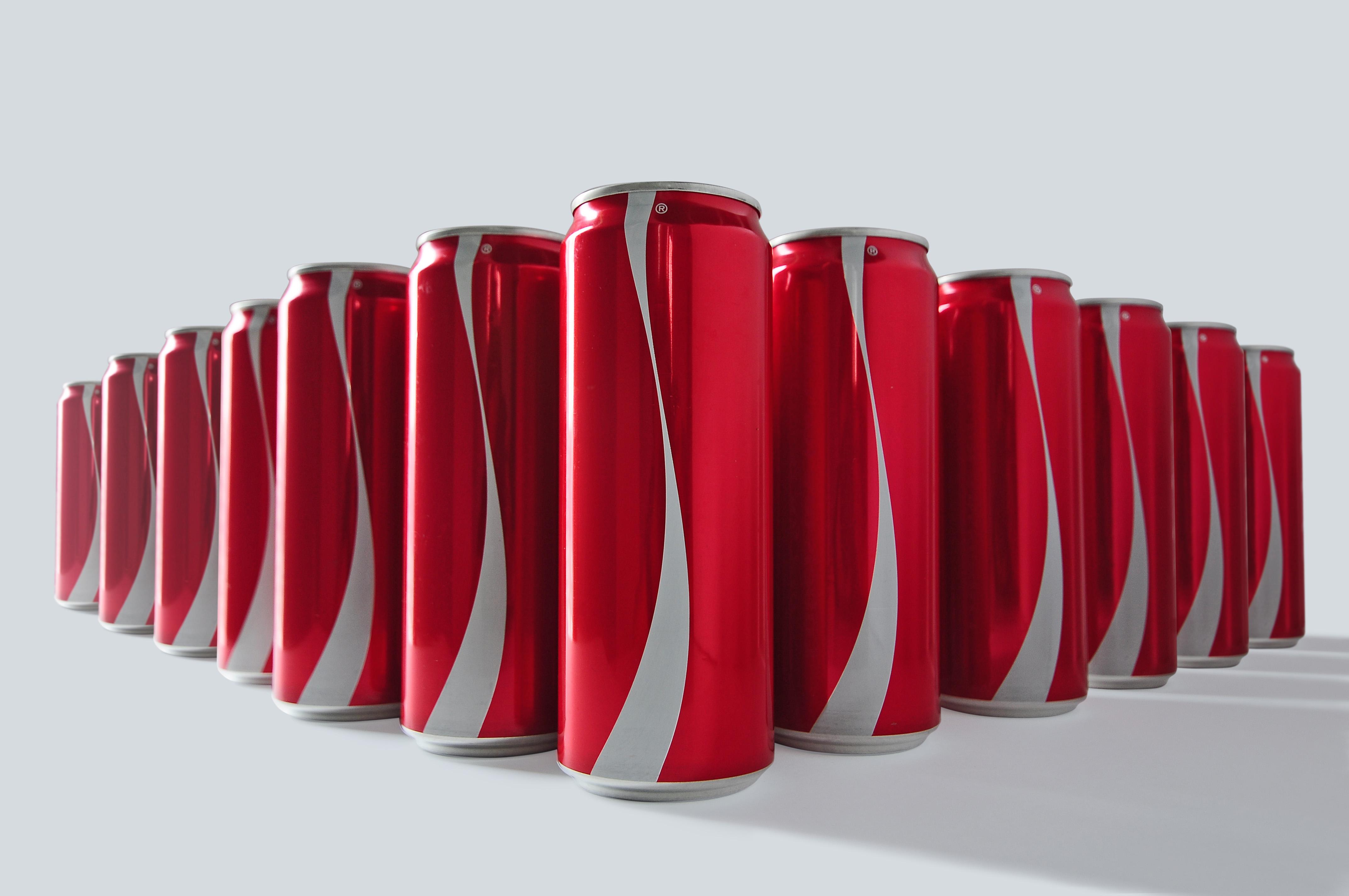 dans-ta-pub-coca-cola-the-first-ever-no-labels-media-promo-design-pr-1