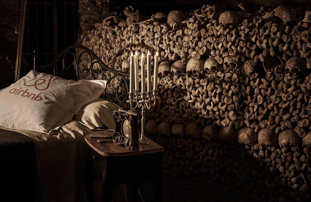 dans-ta-pub-airbnb-catacombes-paris-halloween-11