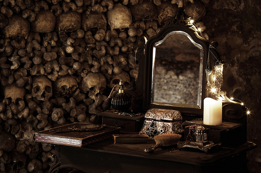 dans-ta-pub-airbnb-catacombes-paris-halloween-8