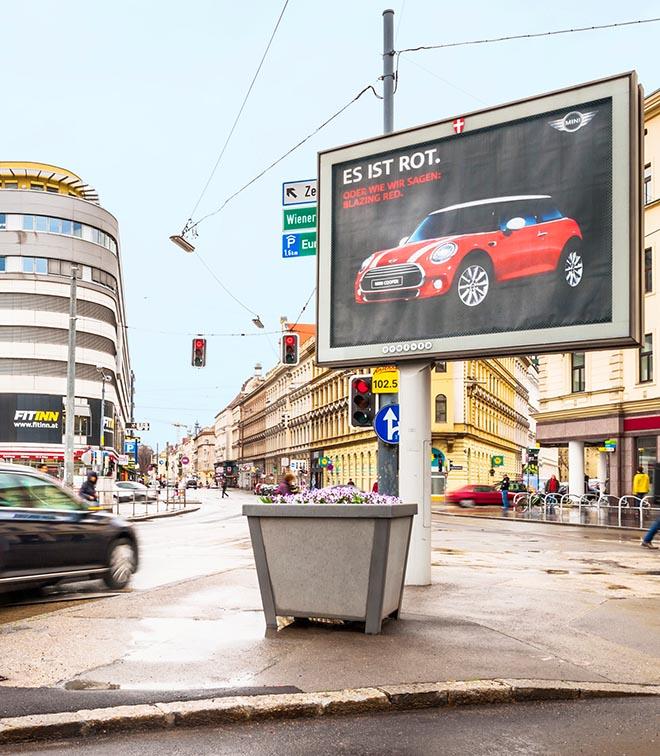 dans-ta-pub-mini-traffic-light-vienne-autriche-feu-tricolore-street-marketing-4