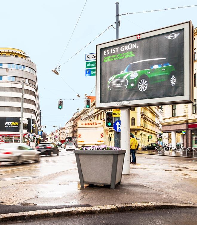 dans-ta-pub-mini-traffic-light-vienne-autriche-feu-tricolore-street-marketing-6