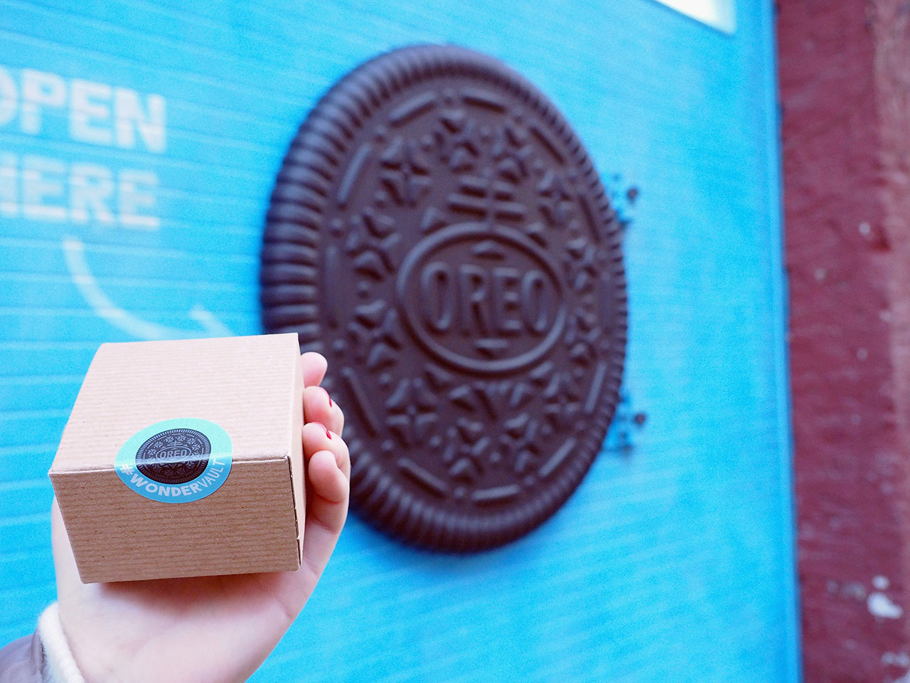 dans-ta-pub-affichage-new-york-wonderful-cookies-oreo-vault-4
