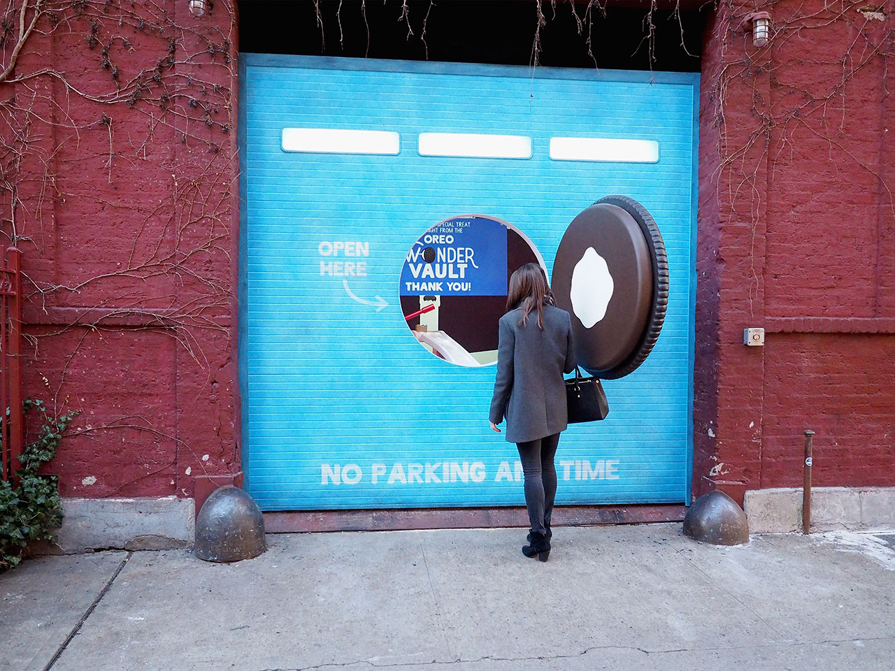 dans-ta-pub-affichage-new-york-wonderful-cookies-oreo-vault-5