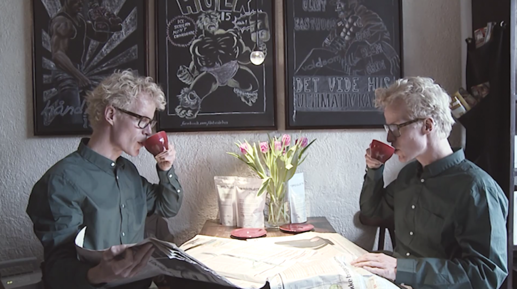 dans-ta-pub-twix-cafe-twin-jumeau-danemark-coffee