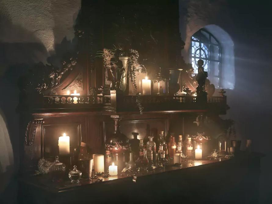 dans-ta-pub-airbnb-dracula-halloween-chateau-3