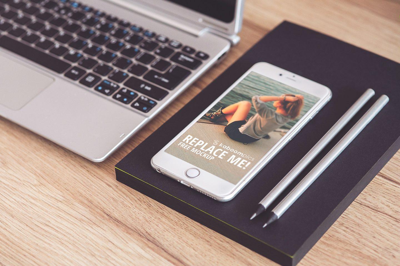 10 mockups créatifs de smartphones à télécharger gratuitement