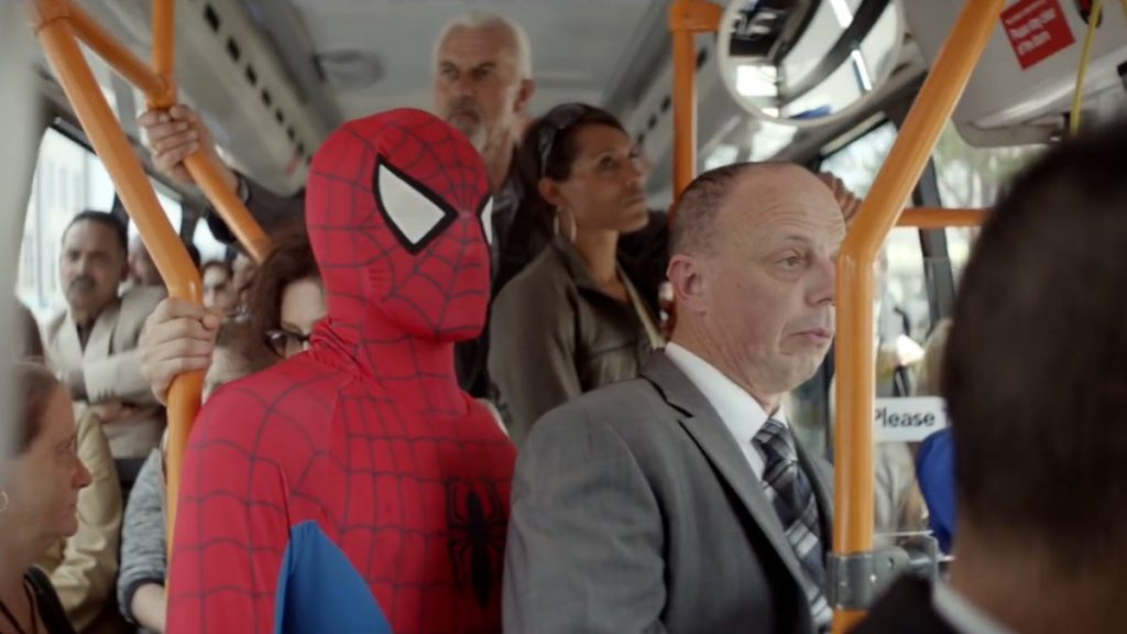 dans-ta-pub-ogilvy-everyday-hero-philips-spider-man-health