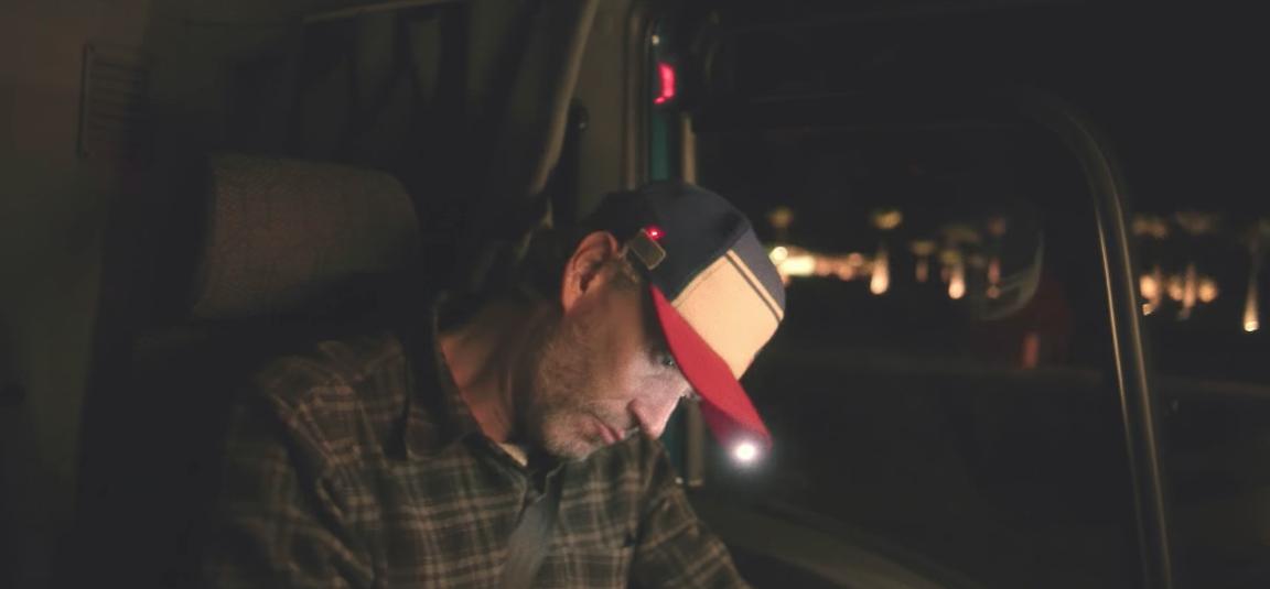 ford cr u00e9e une casquette connect u00e9e pour ne pas s u0026 39 endormir